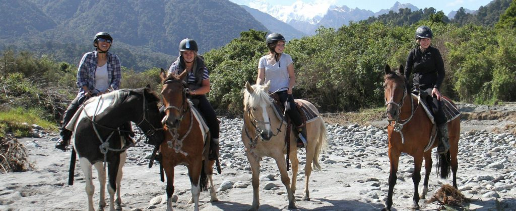 horse-riding-on-the-sand